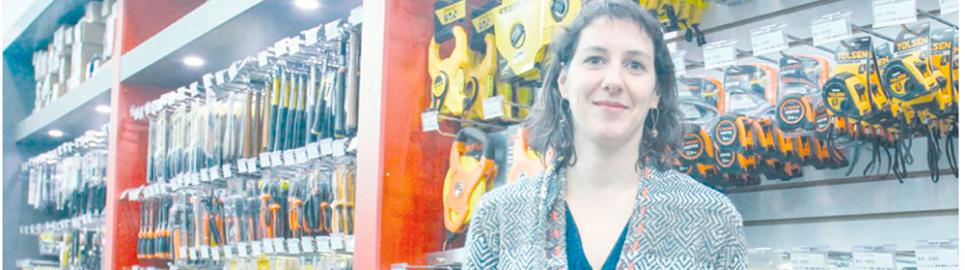 Ferretería El Águila inaugura nueva sucursal en Punta Arenas.
