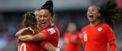 La selección chilena goleó a Perú y ya está en la fase final de la Copa América